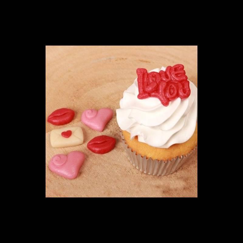 G teau st valentin d cors p te d 39 amande love funcakes - Decor en pate d amande ...