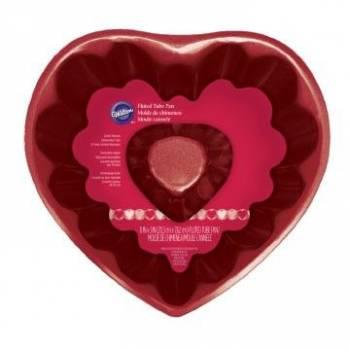 Moule coeur rouge cannelé Wilton