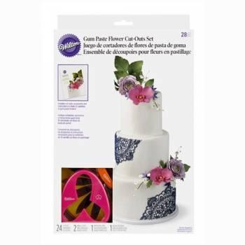 Set fabrique à fleurs Wilton 28pcs