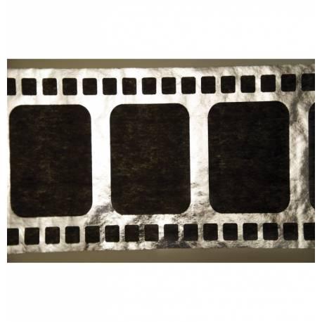 Chemin de table pellicule argent et noir pour vos thèmes de soirées photo et cinéma Dimensions : 5 Mètres x 30 cm