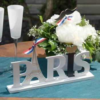 Lettre Paris sur socle